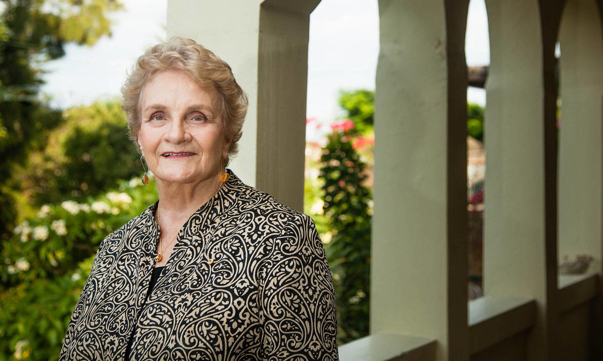 Shirley Randell